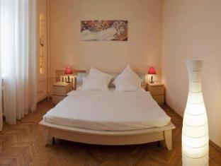 Apartments Mayakovskaya