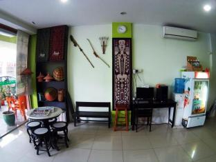 Hotel 48 Room-for-Rent Kuching - Lobby