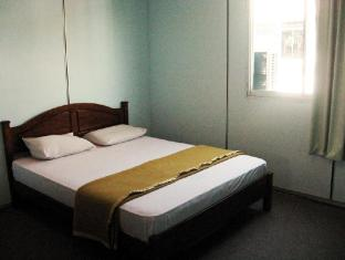 Hotel 48 Room-for-Rent Kuching - Double (Shared Bathroom)