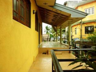 /id-id/monkey-beach-hostel-colombo-airport-negombo/hotel/negombo-lk.html?asq=5VS4rPxIcpCoBEKGzfKvtE3U12NCtIguGg1udxEzJ7kOSPYLQQYTzcQfeD1KNCujr3t7Q7hS497X80YbIgLBRJwRwxc6mmrXcYNM8lsQlbU%3d