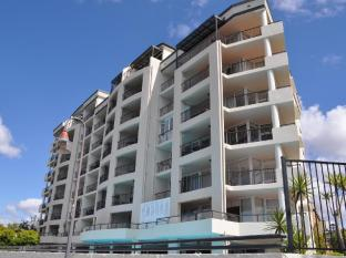 Goldsborough Place Apartments