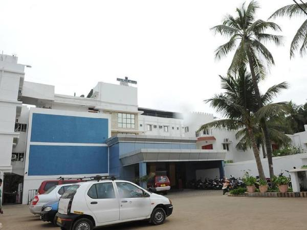 Hotel Mount Heera - Close to Chennai Airport Chennai
