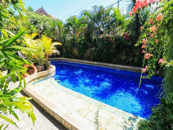 Surfaris Inn Bali