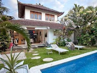 White Star Villa