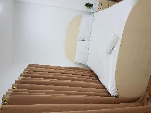 picture 1 of ELNIDO WHITE HOUSE