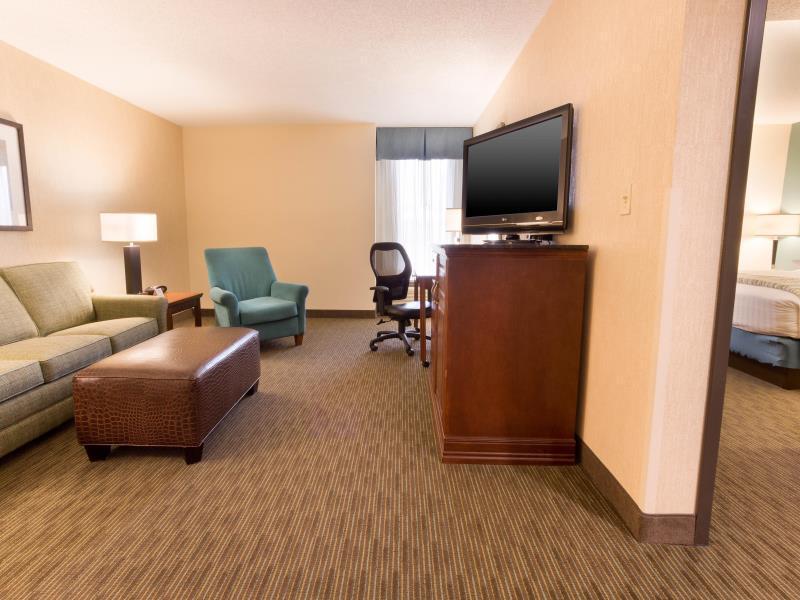 Drury Inn & Suites St Louis Southwest Reviews