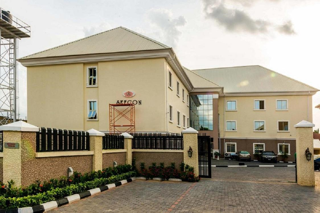 Sefcon Suites And Apartments