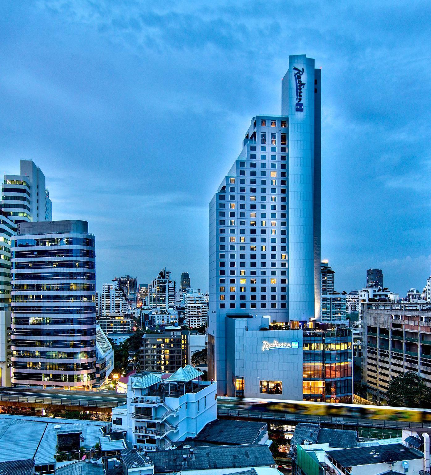 Radisson Blu Plaza Bangkok เรดิสัน บลู พลาซา บางกอก