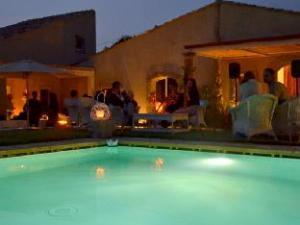 Riserva Del Noce Guest House