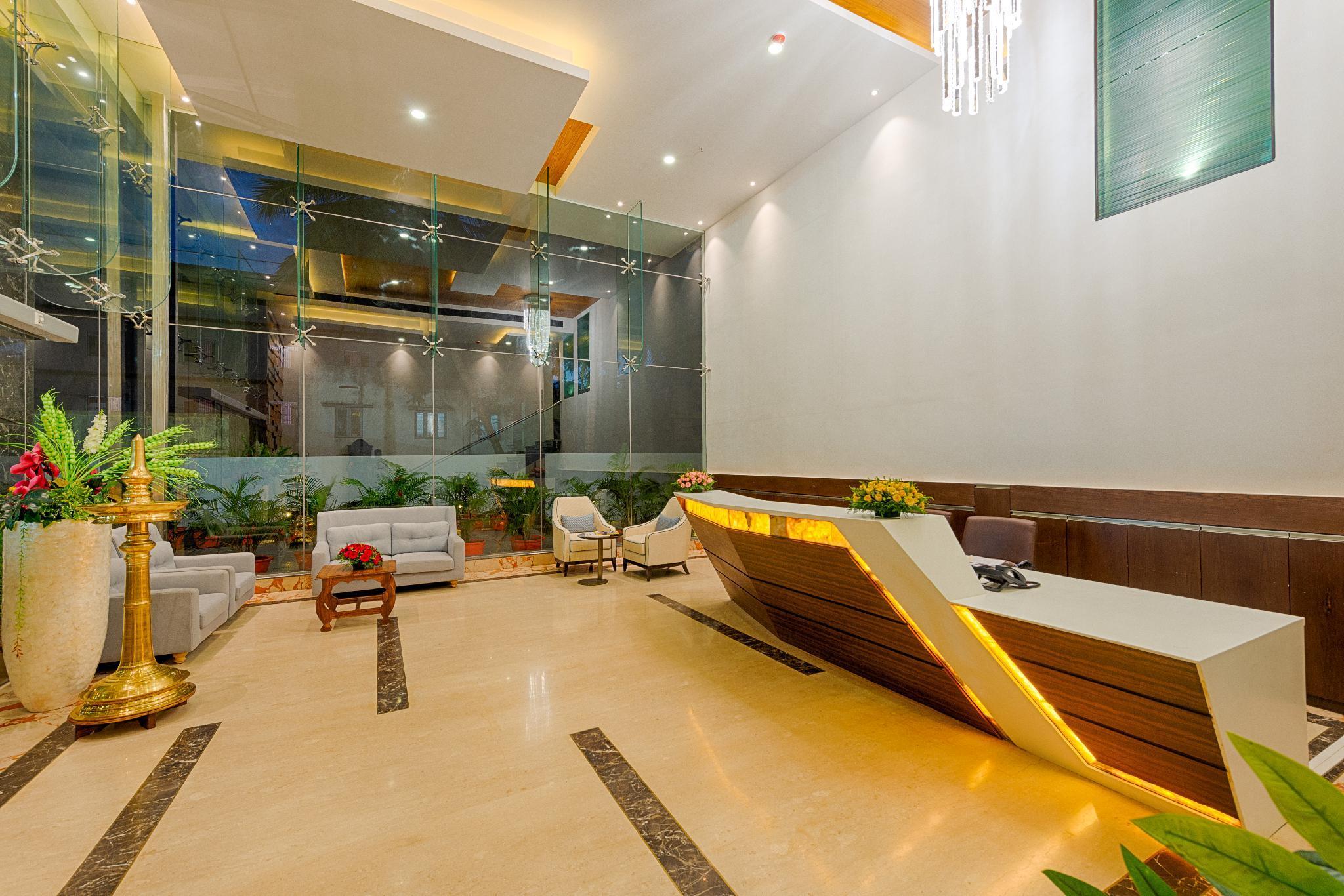 Hotel Lance International   Luxury Hotel