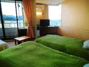 Shirahama Mariner Hotel