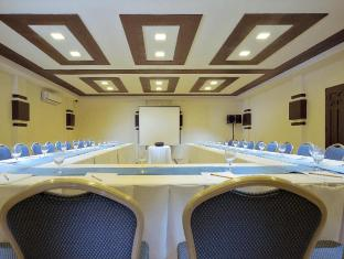 South Palms Resort Panglao Island - Meeting Room