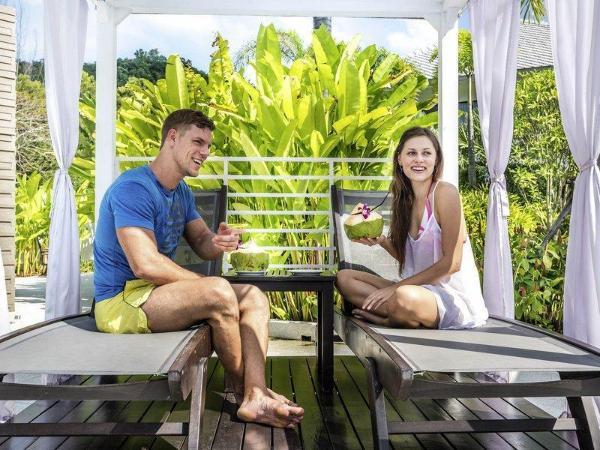 Novotel Phuket Karon Beach Resort and Spa Phuket