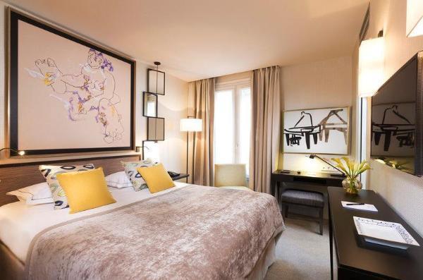 Hotel Balmoral Champs-Elysees Paris