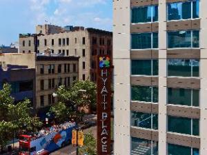 Hyatt Place Chicago Downtown River North Hotel
