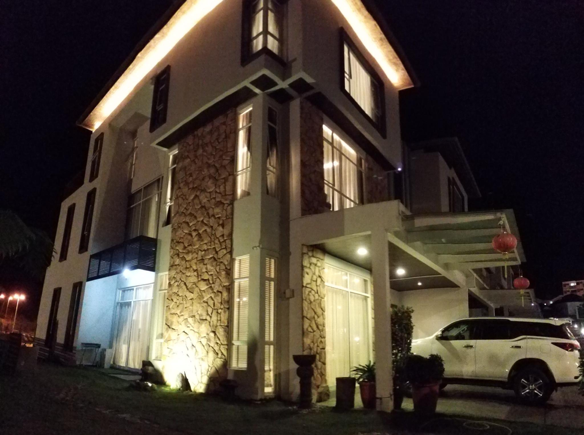 Zinnia Residences   Superior Villa  6 Bedrooms