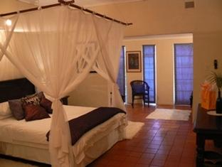 Blue Cottages Country House Bed And Breakfast