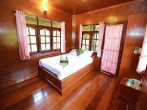 Jakraphat Resort