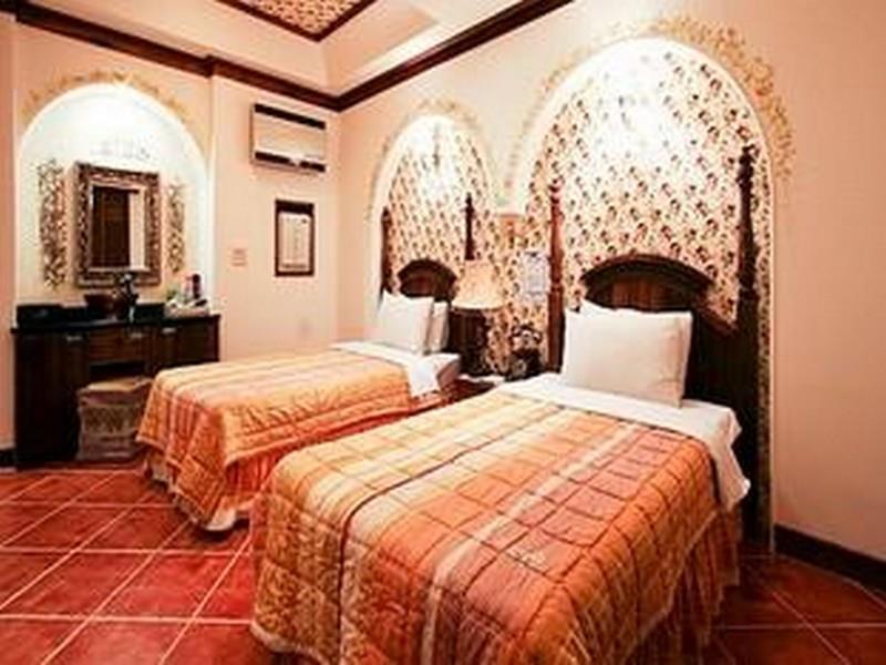 Goodstay Provence Motel