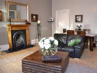 Greyfriars Apartments - Johnston Terrace