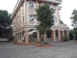 關於仙旺飯店 (Sen Vang Hotel)