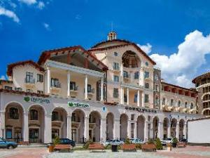 高尔基广场酒店 (Gorki Plaza Hotel)