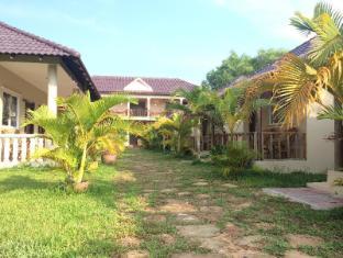 /de-de/the-moonflower-bungalow/hotel/sihanoukville-kh.html?asq=vrkGgIUsL%2bbahMd1T3QaFc8vtOD6pz9C2Mlrix6aGww%3d