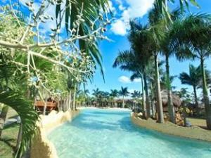 Cool Waves Ranch and Water Park Resort