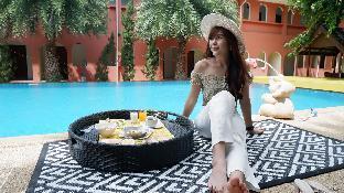 ターダ シャトー ホテル Thada Chateau Hotel