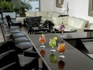 Wyndham Playa Corona Hotel