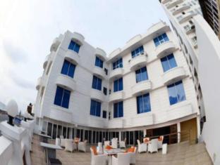 Hotel Lazaani