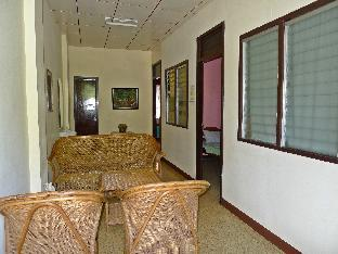 picture 4 of Jeshiela Guest House