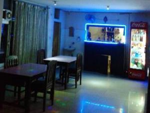 Hotel Thamsar