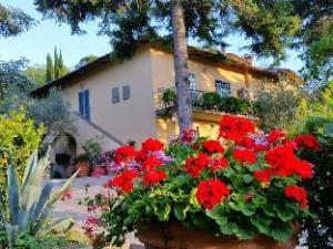 橄榄城堡B&B旅馆 (Bed and Breakfast Ulivi di Castello)