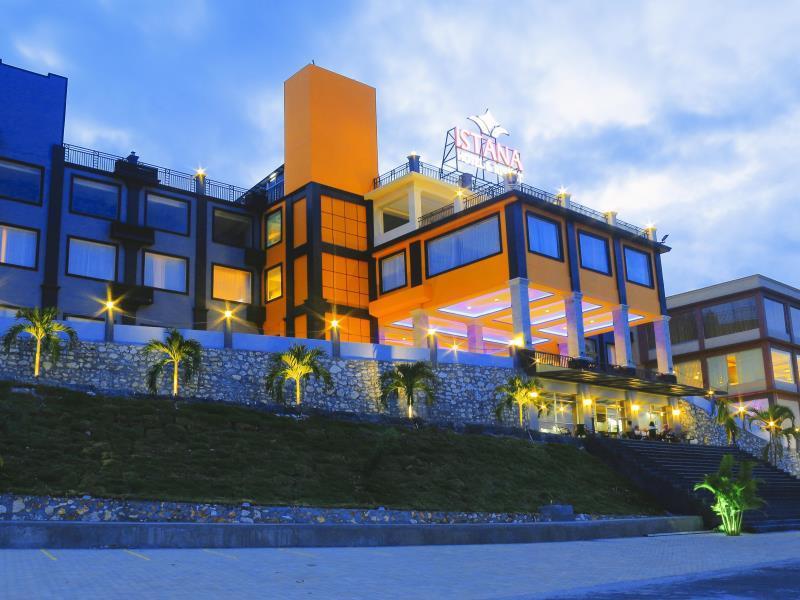 Istana Hotel and Resort