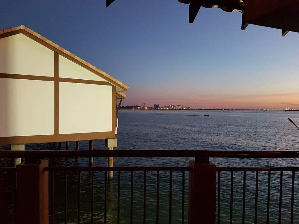 Crystal Private Executive Water Chalet Sea View