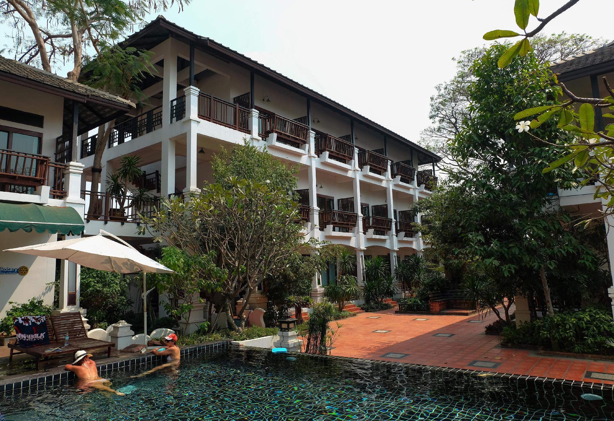 Vijitnakorn Nonpak Hotel