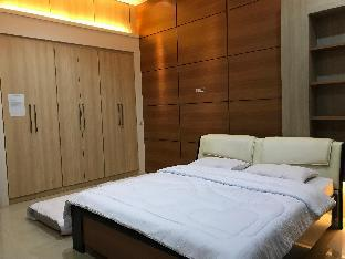 U-Nice Residence, 15 beds ENTIRE HOUSE,city centre Yogyakarta