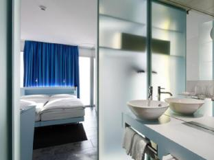 Hotel Cristal Design Geneva - Bathroom