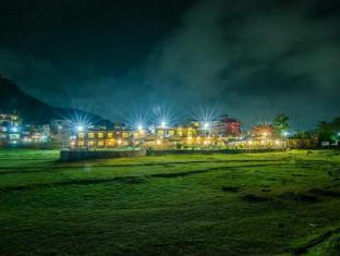 /hotel-lakefront/hotel/pokhara-np.html?asq=GzqUV4wLlkPaKVYTY1gfioBsBV8HF1ua40ZAYPUqHSahVDg1xN4Pdq5am4v%2fkwxg