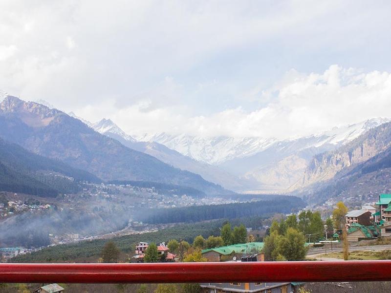Hotel Peak View Manali