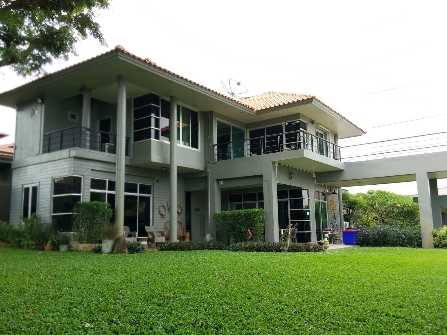 Nalinda Hostel