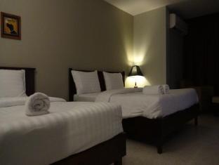 Mango Bedroom Inn