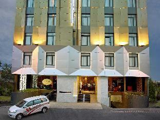 Sotis Hotel