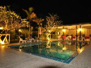 Loft Garden Villa at Bangsak