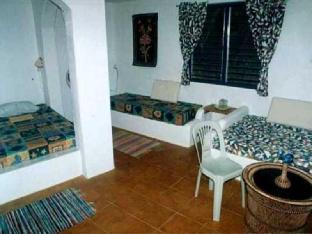 picture 2 of Casa de la Playa Beach Resort