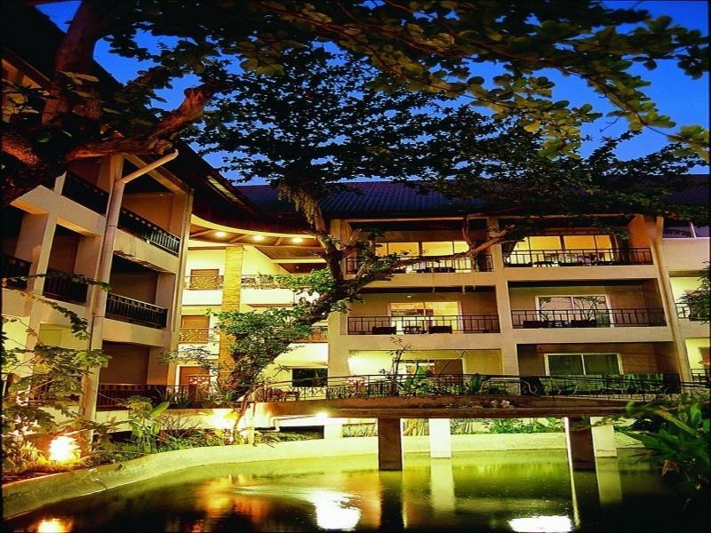 Lomtalay Chalet Resort ลมทะเล ชาเลต์ รีสอร์ท