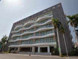 City Suite Kaohsiung Chenai