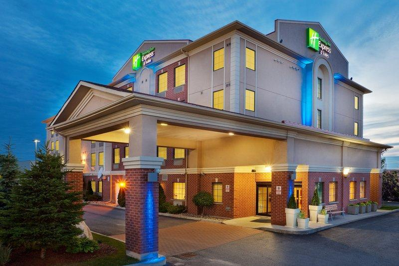 Holiday Inn Express Hotel And Suites Barrie