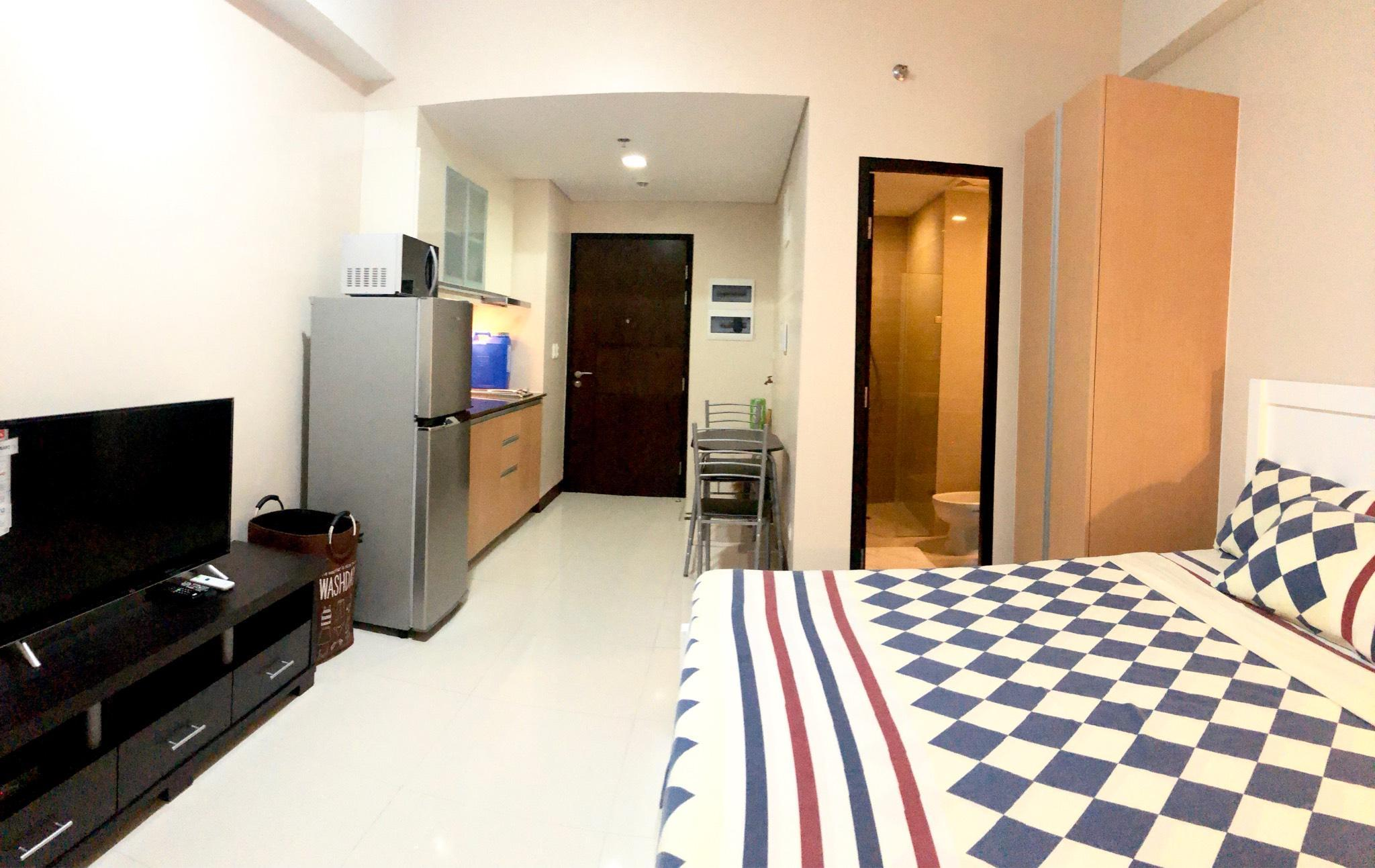 Newport City Studio Condo Across Manila Airport T3